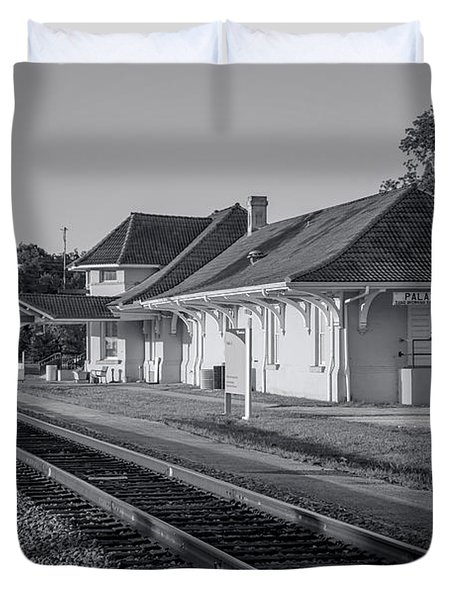 Palatka Train Station Duvet Cover