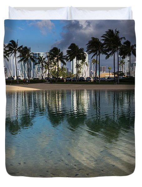 Palm Trees Crystal Clear Lagoon Water And Tropical Fish Duvet Cover