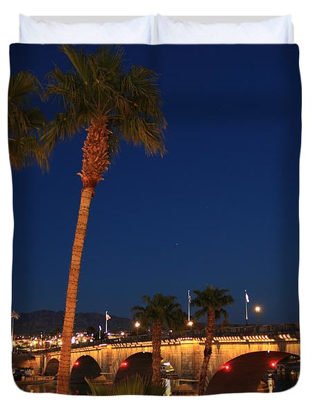 Palms At London Bridge Duvet Cover