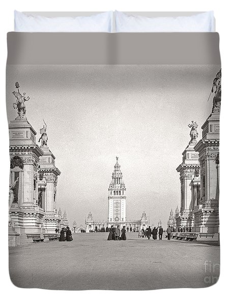 Duvet Cover featuring the photograph Pan Am Tower Approach 1901 by Martin Konopacki Restoration