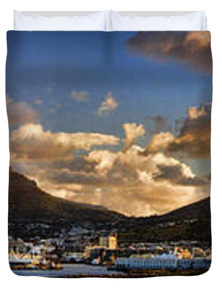 Panorama Cape Town Harbour At Sunset Duvet Cover