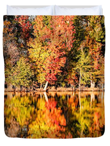 Panorama Of Fall Colors At Martin Dies Junior State Park - Jasper Piney Woods East Texas Duvet Cover
