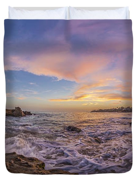 Panorama The Whole Way Round The Cove Duvet Cover