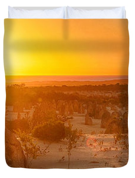 Panoramic Photo Of Sunset At The Pinnacles Duvet Cover