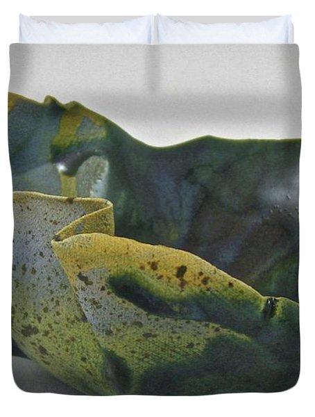 Paper-thin Bowl 09-015 Duvet Cover