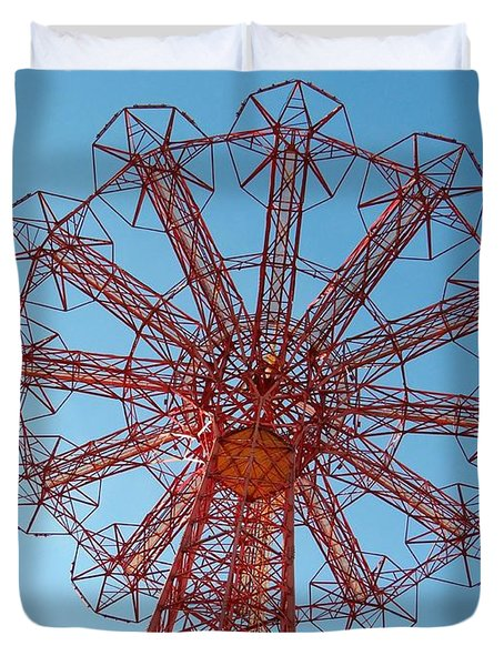Duvet Cover featuring the photograph Parachute Jump-coney Island by Ed Weidman
