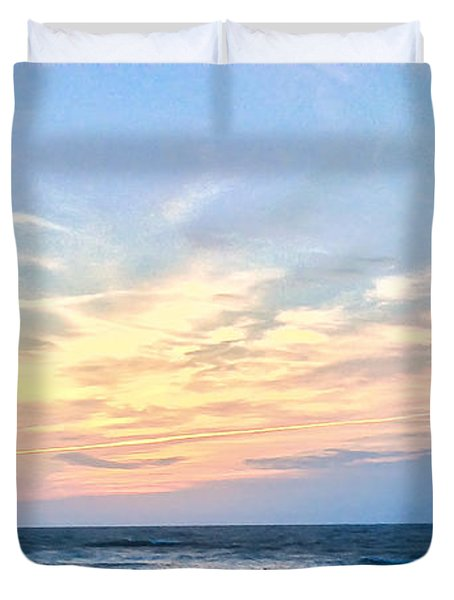 Paraclete At Sunrise  Duvet Cover
