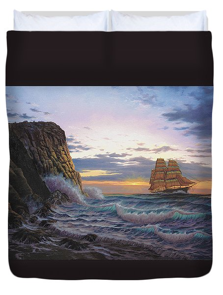 Paradise Cove And The Lightning  Duvet Cover