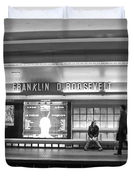 Paris Metro - Franklin Roosevelt Station Duvet Cover