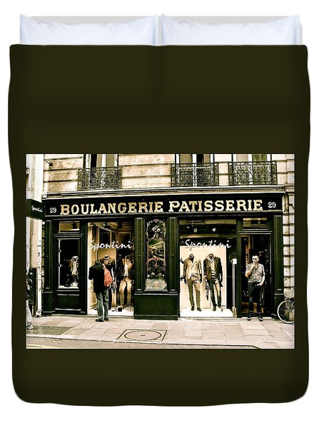 Duvet Cover featuring the photograph Paris Waiting by Ira Shander
