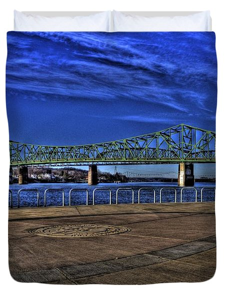Duvet Cover featuring the photograph Parkersburg Point Park by Jonny D