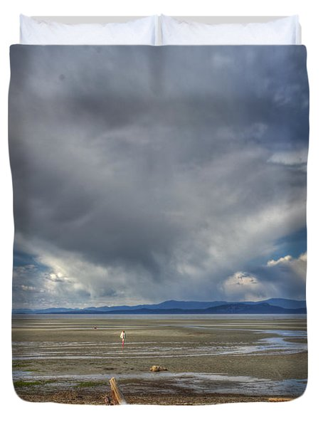Parksville Beach - Low Tide Duvet Cover by Randy Hall