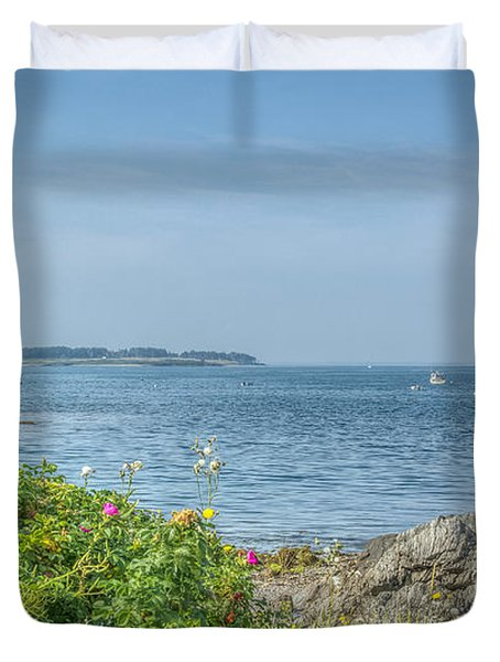 Duvet Cover featuring the photograph Path To The Cove by Jane Luxton