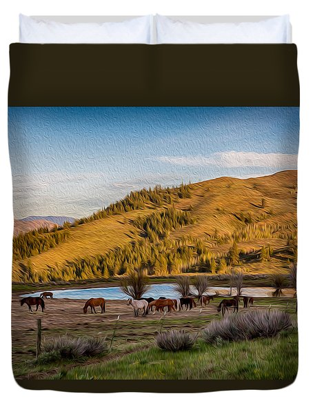 Patterson Mountain Afternoon View Duvet Cover