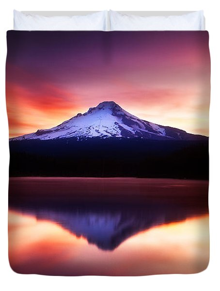 Peaceful Morning On The Lake Duvet Cover by Darren  White
