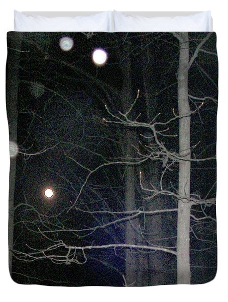 Duvet Cover featuring the photograph Peaceful Spirits Passing by Pamela Hyde Wilson
