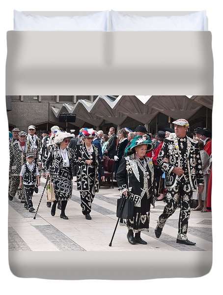 Pearly Kings And Queens Parade. Duvet Cover