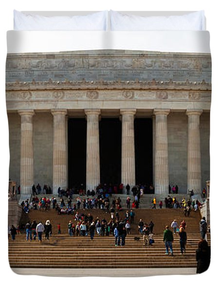People At Lincoln Memorial, The Mall Duvet Cover by Panoramic Images