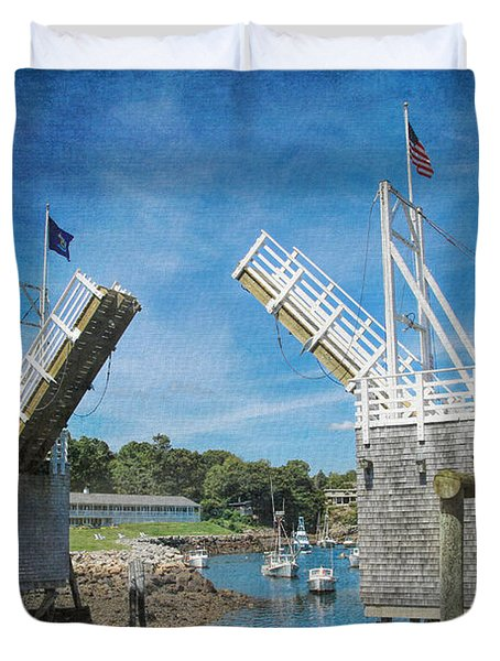 Perkins Cove Drawbridge Textured Duvet Cover