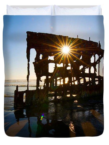 Peter Iredale Shipwreck, Fort Stevens Duvet Cover