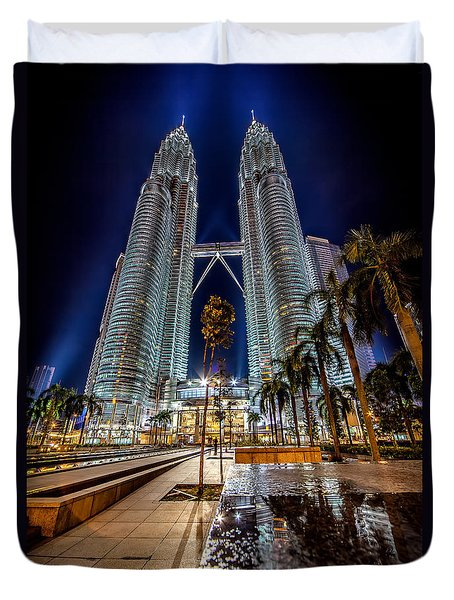 Petronas Twin Towers Duvet Cover