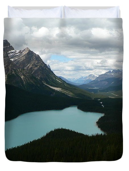 Duvet Cover featuring the photograph Peyote Lake In Banff Alberta by Laurel Best