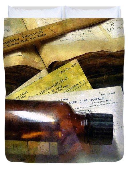Pharmacist - Prescriptions And Medicine Bottles Duvet Cover