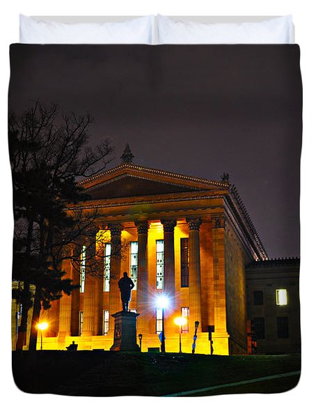Philadelphia Art Museum  At Night From The Rear Duvet Cover by Bill Cannon