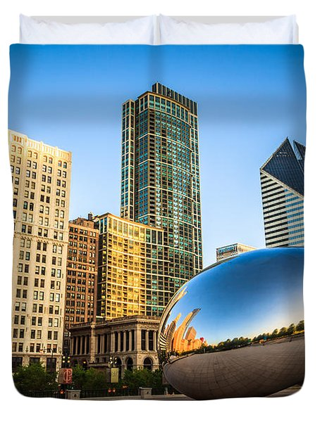 Picture Of Cloud Gate Bean And Chicago Skyline Duvet Cover