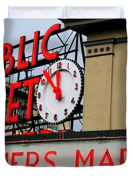 Pike Place Farmers Market Sign Duvet Cover