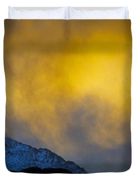 Pike's Peak Snow At Sunset Duvet Cover
