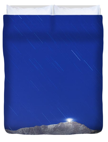 Pikes Peak Under The Stars Duvet Cover by Darren  White