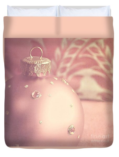Pink And Gold Ornate Christmas Bauble Duvet Cover by Lyn Randle