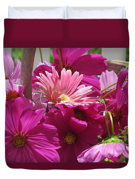 Duvet Cover featuring the photograph Pink Bouquet Two by Tina M Wenger
