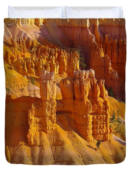 Pinnicles At Sunset Point Bryce Canyon National Park Duvet Cover by Jeff Swan