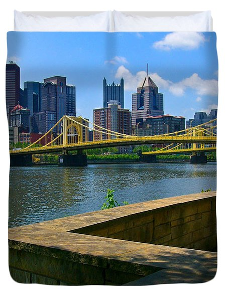 Pittsburgh Pennsylvania Skyline And Bridges As Seen From The North Shore Duvet Cover