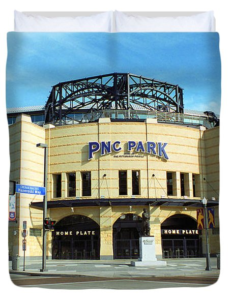 Pnc Park - Pittsburgh Pirates Duvet Cover by Frank Romeo
