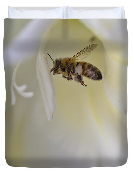 Pollen Carrier Bee Duvet Cover