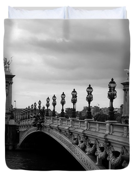 Duvet Cover featuring the photograph Pont Alexander by Lisa Parrish