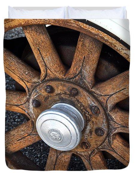 Pontiac Custom Sedan Duvet Cover by Frozen in Time Fine Art Photography