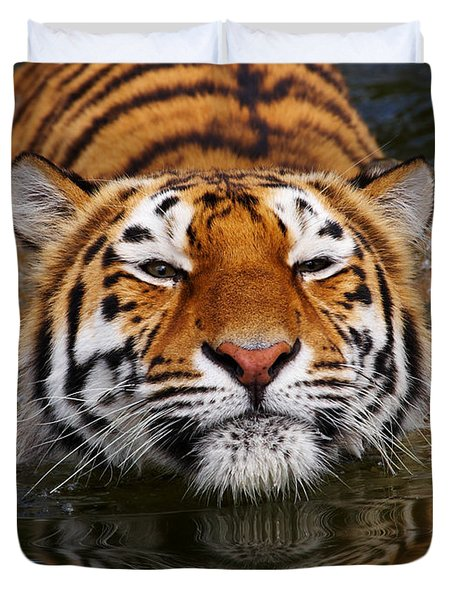 Portrait Of A Bathing Siberian Tiger Duvet Cover