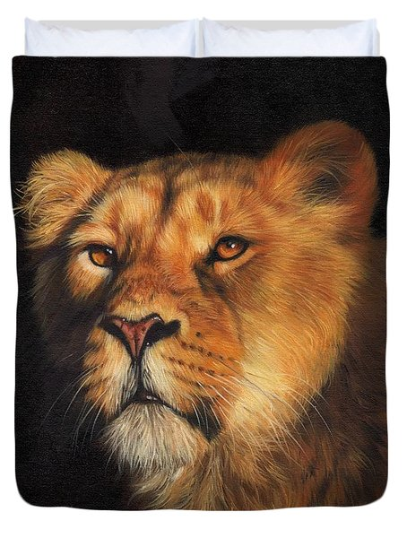 Portrait Of A Lioness Duvet Cover