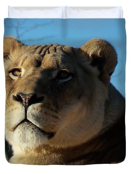 Portrait Of The Mighty Queen Duvet Cover by Lingfai Leung
