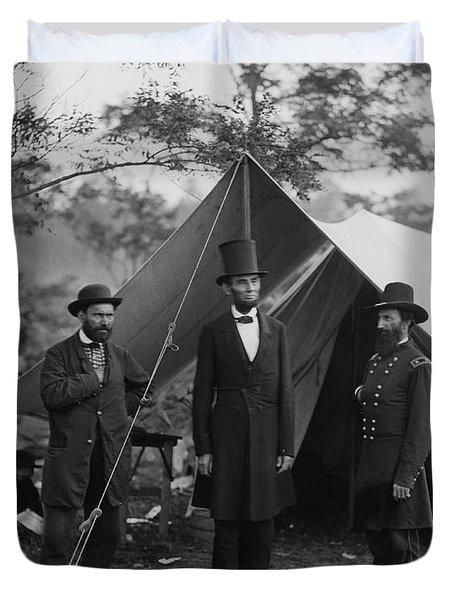 President Lincoln At Antietam Duvet Cover