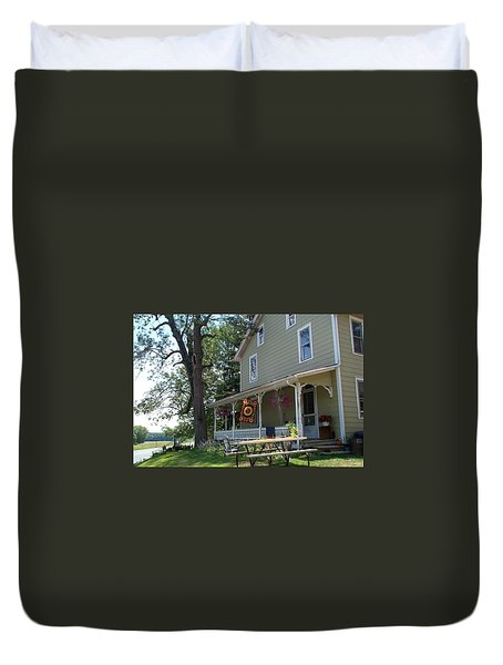 Duvet Cover featuring the photograph Pretty In Pennsylvania by Barbara McDevitt