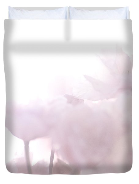 Duvet Cover featuring the photograph Pretty In Pink - The Whisper by Lisa Parrish