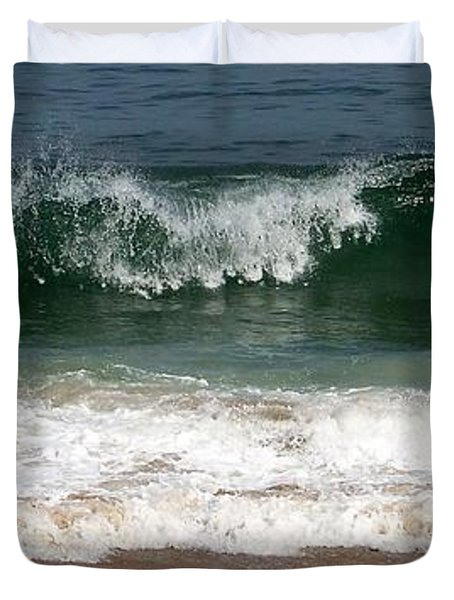 Duvet Cover featuring the photograph Pretty Wave by Eunice Miller