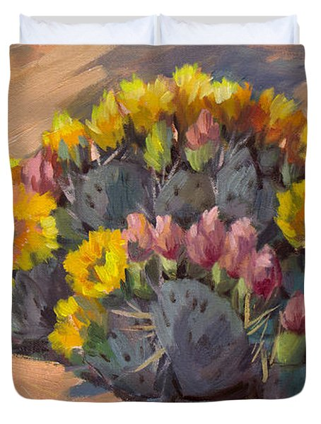 Prickly Pear Cactus In Bloom Duvet Cover