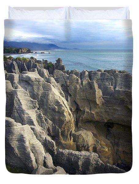 Duvet Cover featuring the photograph Punakaiki Pancake Rocks #2 by Stuart Litoff