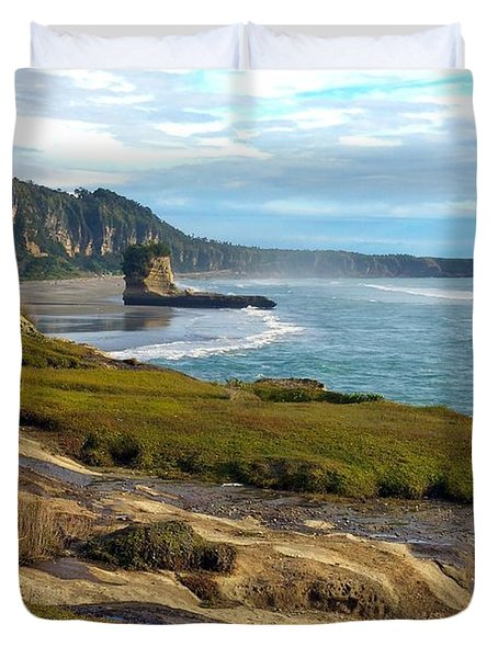 Duvet Cover featuring the photograph Punakaiki Truman Track by Stuart Litoff